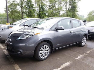 2017 Nissan LEAF 2017 LEAF S w/12 Bar & OE Warranty Hatchback