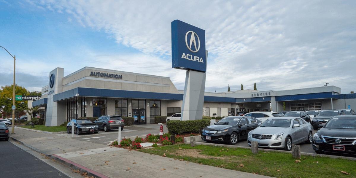 Outside view of AutoNation Acura Stevens Creek