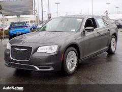 2018 Chrysler 300 Touring L 4dr Car