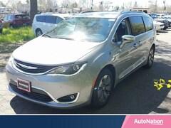 2018 Chrysler Pacifica Hybrid Limited Mini-van Passenger