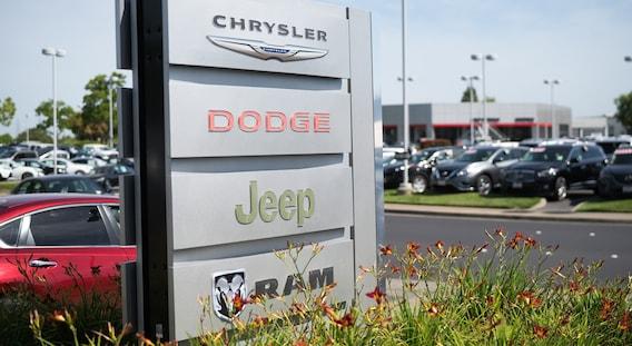 Chrysler Dodge Jeep Ram Near Citrus Heights Ca Autonation Chrysler Dodge Jeep Ram Roseville