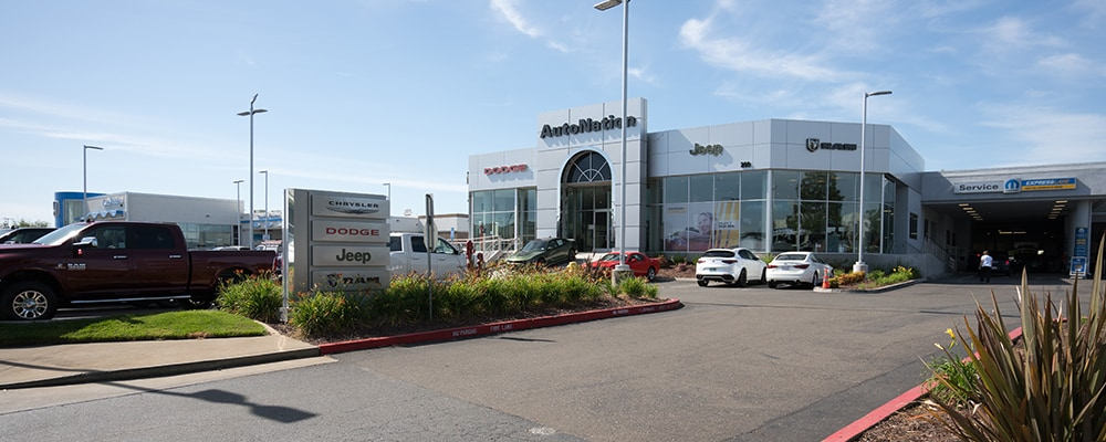 Exterior view of Autonation Chrysler Dodge Jeep Ram Roseville during the day
