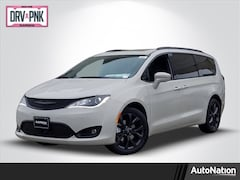 2020 Chrysler Pacifica LIMITED Van Passenger Van