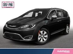 2018 Chrysler Pacifica Hybrid Touring L Mini-van Passenger