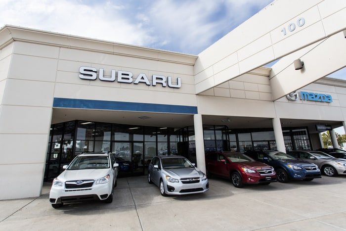 Subaru dealership near Elk Grove, California