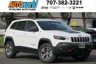 New 2019 Jeep Cherokee TRAILHAWK ELITE 4X4 Sport Utility 26646 Petaluma