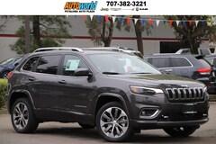 2019 Jeep Cherokee OVERLAND 4X4 Sport Utility 27341