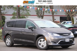 New 2019 Chrysler Pacifica Hybrid TOURING PLUS Passenger Van 27173 Petaluma
