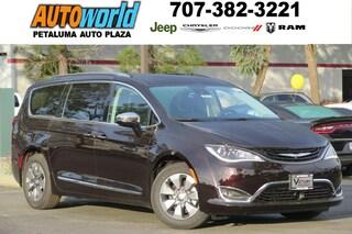 New 2018 Chrysler Pacifica HYBRID LIMITED Passenger Van 26649 Petaluma