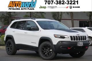 New 2019 Jeep Cherokee TRAILHAWK ELITE 4X4 Sport Utility 26730 Petaluma