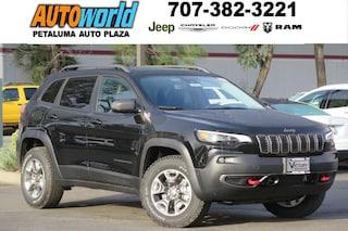 New 2019 Jeep Cherokee TRAILHAWK ELITE 4X4 Sport Utility 26613 Petaluma