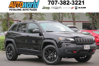 New 2019 Jeep Cherokee TRAILHAWK ELITE 4X4 Sport Utility 27012 Petaluma