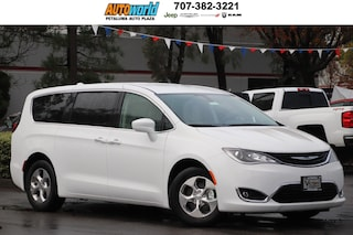 New 2019 Chrysler Pacifica Hybrid TOURING PLUS Passenger Van 27162 Petaluma