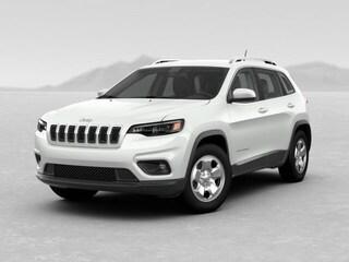 New 2019 Jeep Cherokee LATITUDE 4X4 Sport Utility 26615 Petaluma