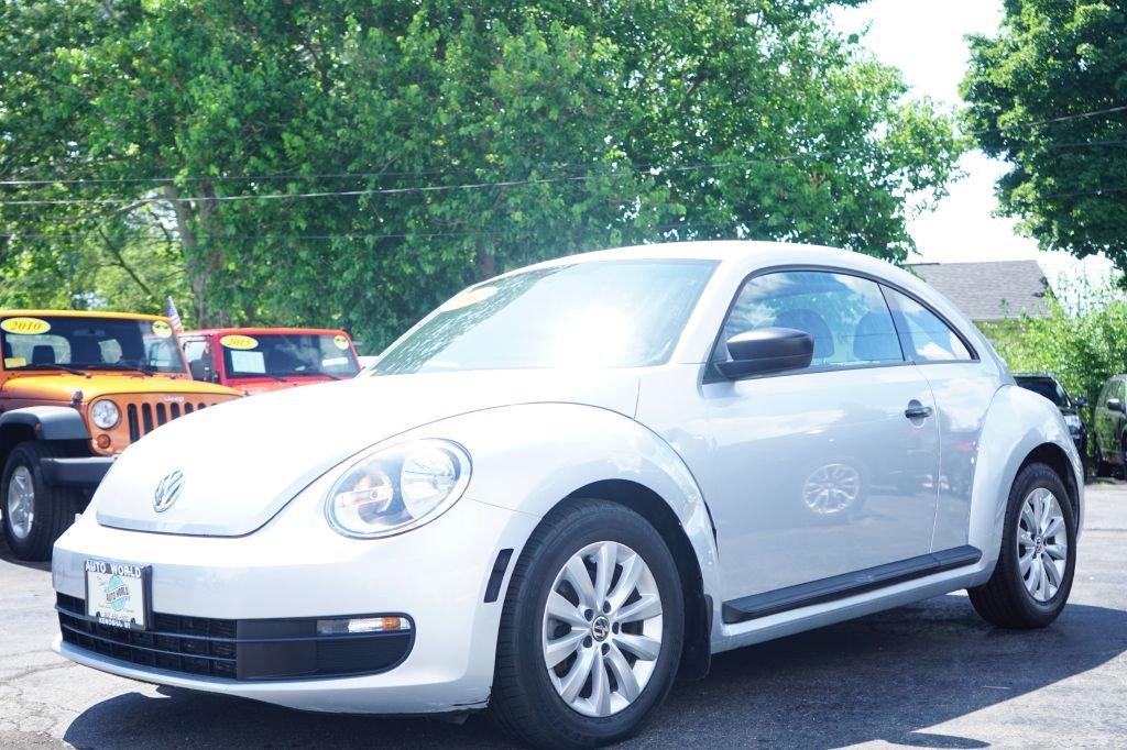 2014 Volkswagen Beetle 1.8T Entry w/PZEV Hatchback