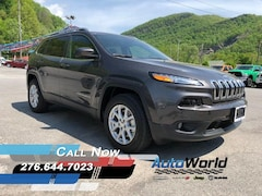 New 2018 Jeep Cherokee LATITUDE PLUS 4X4 Sport Utility for sale in Harlan, KY