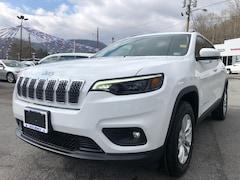 New 2019 Jeep Cherokee LATITUDE 4X4 Sport Utility Big Stone Gap, VA