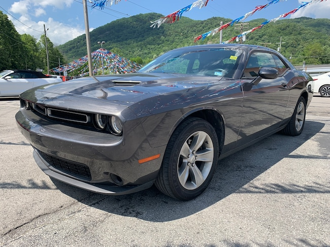 Used 2018 Dodge Challenger SXT Coupe in Harlan, KY