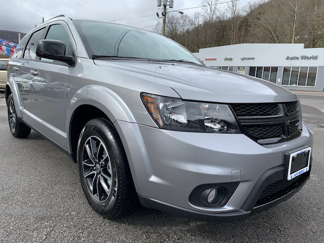 New 2019 Dodge Journey SE Sport Utility in Harlan, KY