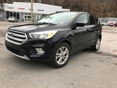 Used 2017 Ford Escape SE SUV for sale in Harlan, KY