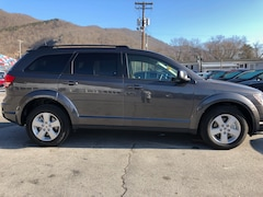 New 2018 Dodge Journey SE Sport Utility 3C4PDCAB3JT518824 for sale in Harlan, KY