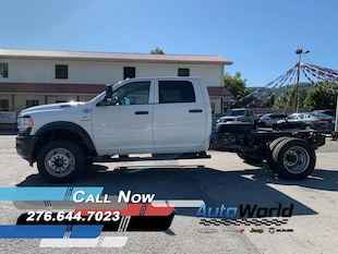 2019 Ram 5500 Chassis Cab 5500 TRADESMAN CHASSIS CREW CAB 4X4 173.4 WB Crew Cab