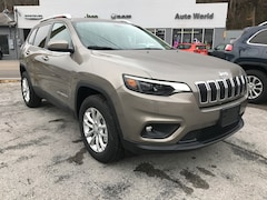 New 2019 Jeep Cherokee LATITUDE 4X4 Sport Utility Big Stone Gap, VA