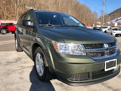 New 2018 Dodge Journey SE Sport Utility 3C4PDCAB5JT518825 for sale in Harlan, KY