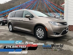New 2018 Chrysler Pacifica TOURING L PLUS Passenger Van for sale in Harlan, KY