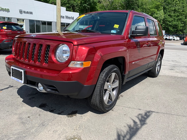 Used 2017 Jeep Patriot Latitude 4x4 SUV in Harlan, KY