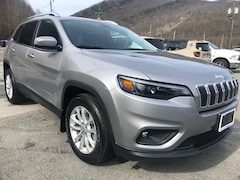 New 2019 Jeep Cherokee LATITUDE FWD Sport Utility 1C4PJLCB6KD406256 for sale in Harlan, KY