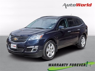 Used 2017 Chevrolet Traverse LT w/1LT SUV For Sale in Cleburne, Texas