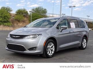 2020 Chrysler Pacifica Limited Van Passenger Van