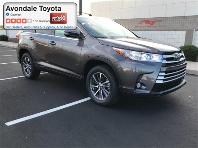New 2019 Toyota Highlander XLE V6 SUV in Avondale, AZ