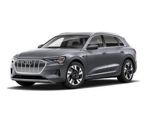 2021 Audi e-tron Premium Premium quattro