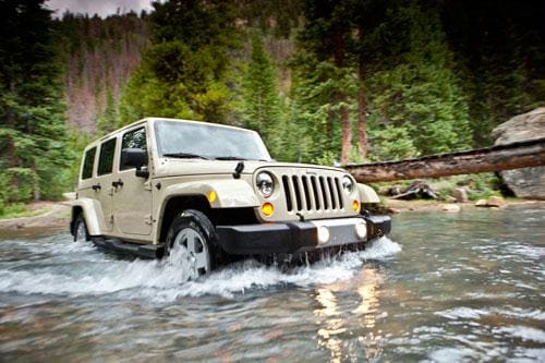2011 Jeep Wrangler Unlimited Fording a Stream