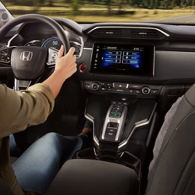Honda Clarity Plug-In Hybrid Interior and Exterior Vehicle Features