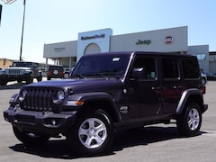 New 2018 Jeep Wrangler UNLIMITED SPORT S 4X4 Sport Utility 1C4HJXDG0JW122680 for sale in Bakersfield, CA at Bakersfield Chrysler Jeep FIAT