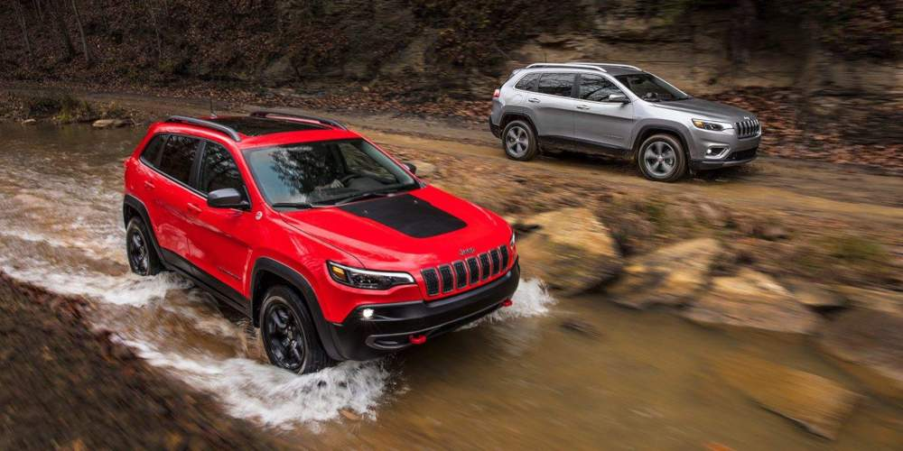 Shop 2019 Jeep Cherokee in Bakersfield, CA