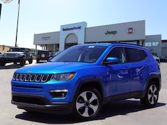 New 2017 Jeep Compass LATITUDE FWD Sport Utility 3C4NJCBB8HT682126 for sale in Bakersfield, CA at Bakersfield Chrysler Jeep FIAT