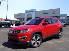 New 2017 Jeep Compass LATITUDE FWD Sport Utility 3C4NJCBB1HT682131 for sale in Bakersfield, CA at Bakersfield Chrysler Jeep FIAT