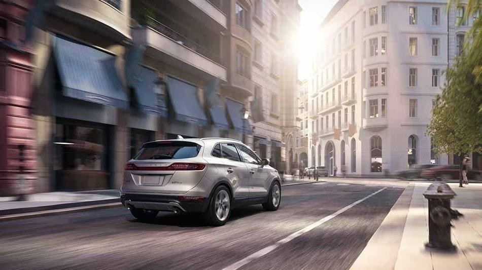 Dealerships near New Orleans Present the Advanced 2017 Lincoln MKC