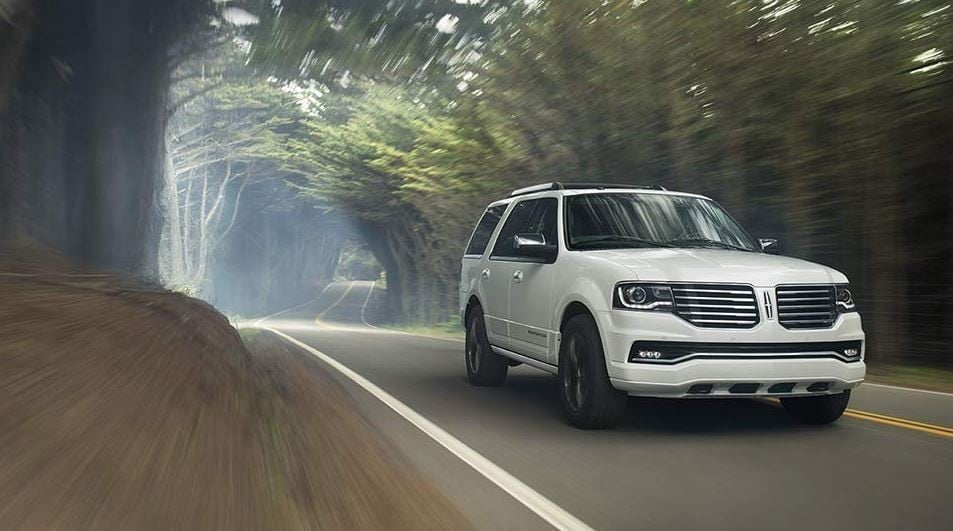 The 2017 Navigator Offered In Lincoln Dealerships Near Hattiesburg, MS