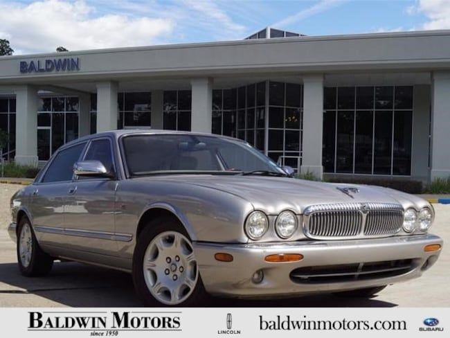 2001 Jaguar XJ Vanden Plas Sedan