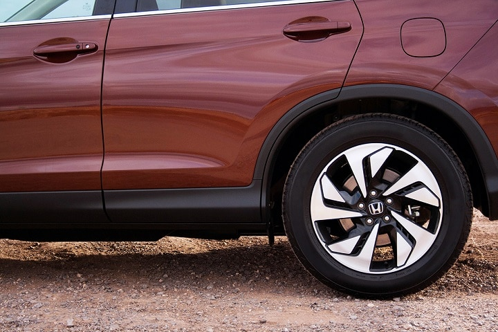rear wheel of Honda CR-V
