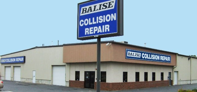 Balise Auto Body Repair Shop in Springfield