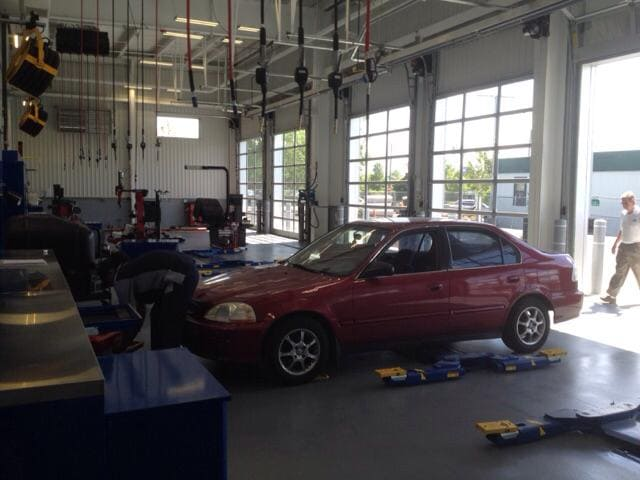 Auto Repair Shop at Balise Hyundai Springfield