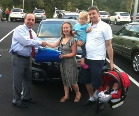 happy new car buyers at Balise Subaru