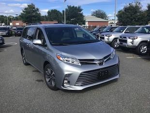 2018 Toyota Sienna Limited Premium AWD Van Passenger Van