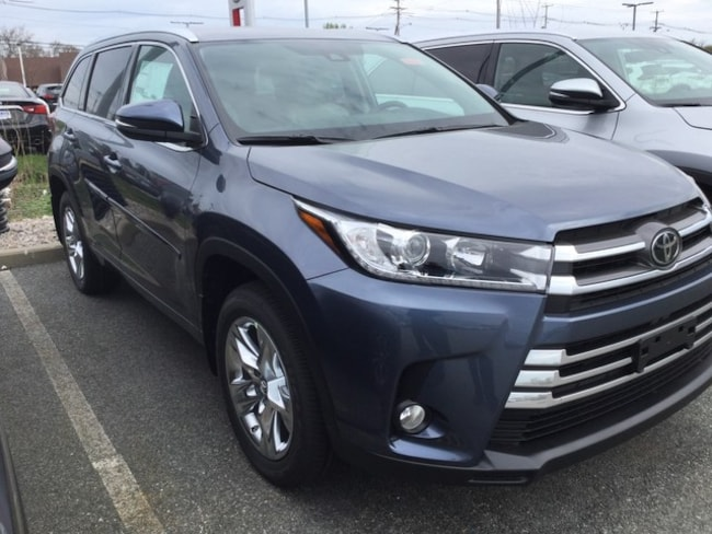 New 2018 Toyota Highlander Limited SUV for sale near Providence